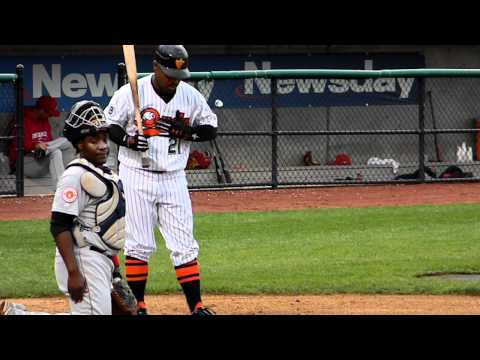 Ducks Bryant Nelson Base Hit 5/22/12