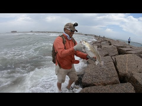 Jetty fishing in super crazy conditions port aransas for Fishing report port aransas