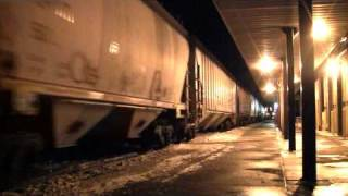 csx freight train goes into emergency extremely fast stop