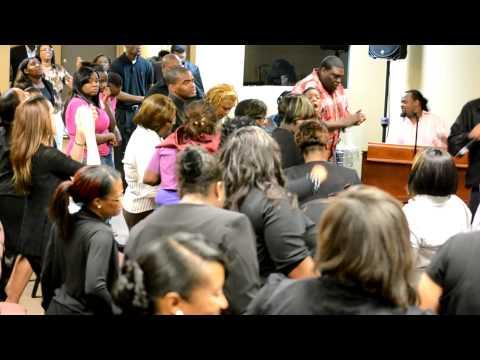 HOUSE International Center & CCM fellowship praise
