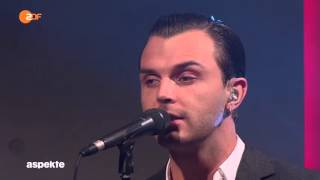 """Lights"" - Hurts  -  Programa Aspekte do canal ZDF - 30/10/2015"