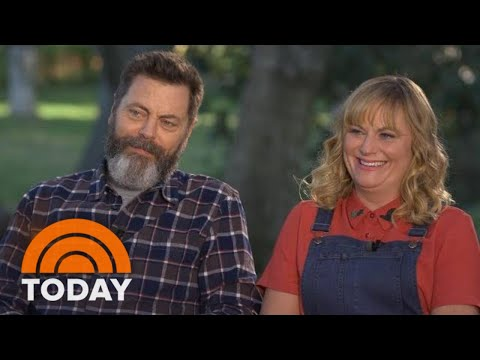 Amy Poehler And Nick Offerman Talk New Crafting  'Making It'  TODAY