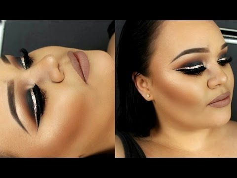 Black Smokey Eye With Gold Glitter Eyeliner