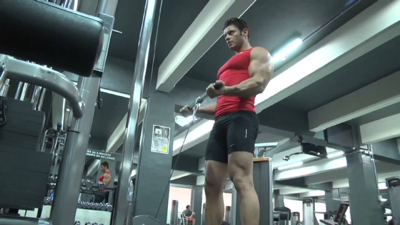 Aparatos m s comunes en el gym youtube for Gimnasio fitness las rosas