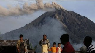 Berita Terbaru 2014 - Siaga Gunung Slamet di Jawa Tengah