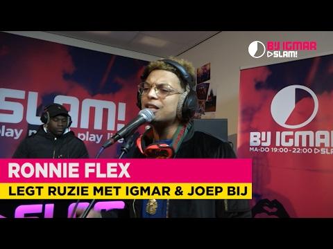 Ronnie Flex doet 'Energie' live!   Bij Igmar