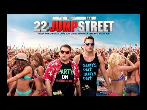 22 Jump Street Score Opening
