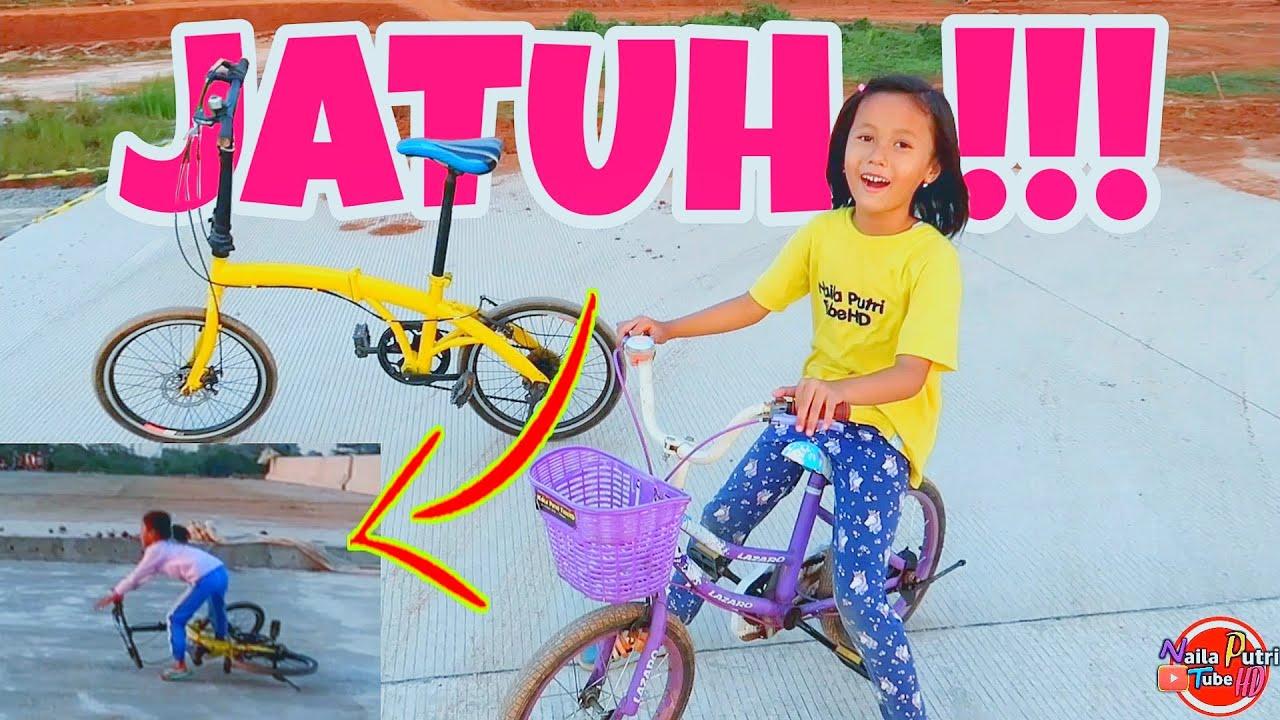 Belajar sepeda sampai JATUH Tapi langsung goes bareng ayah