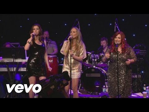 1980s singing trio Wilson Phillips takes a walk down memory lane