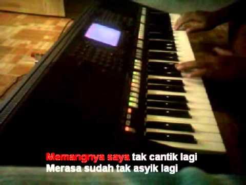 Minyak Wangi Ayu Ting Ting Karaoke Yamaha PSR S750