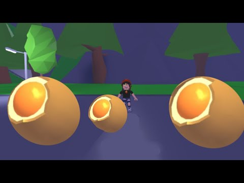 Hatching 3 Cracked Eggs In Adopt Me Roblox Adopt Me Youtube