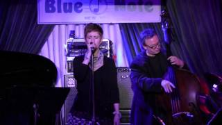 "Deborah Latz ""Nature Boy"" at Blue Note New York sur l"