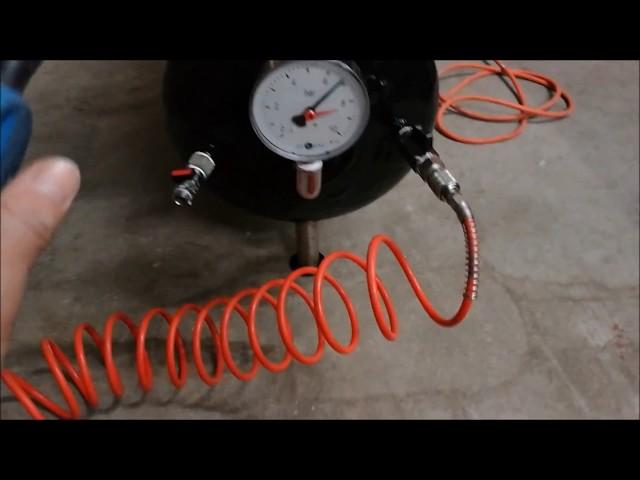 Compressore daria fai da te auto-costruito da bombola gas e compressori refrigeranti.