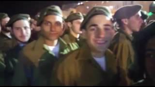 הטובים לצנחנים: 40 החיילים החרדים הראשונים בצנחנים הושבעו בכותל