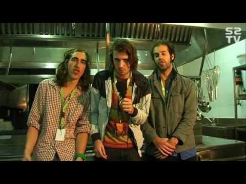 CRYSTAL FIGHTERS - Entrevista - Interview