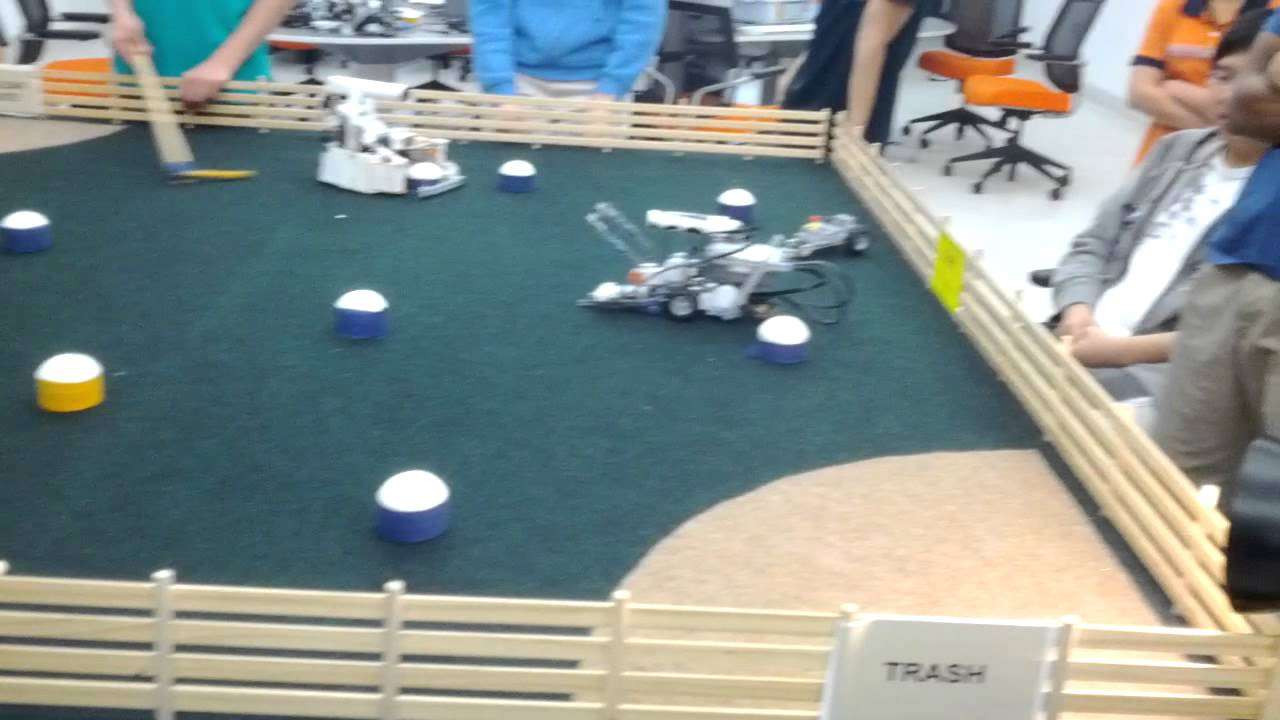 Drexel Lego Mindstorms Robot Competition - YouTube