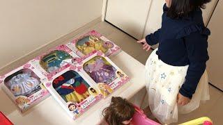 服がない~!?プリンセスの服を買いに行こう!!レミンちゃんソランちゃんとお買い物ごっこ お店屋さんごっこ Let's play shop!