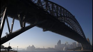 Sydney Covered In Thick Smoke Haze As Bushfires Continue To Burn