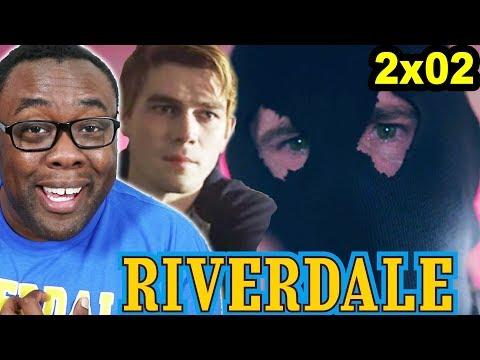 RIVERDALE 2x02 Recap & Black Hood Theory! Jingle Jangle! Andre Black Nerd
