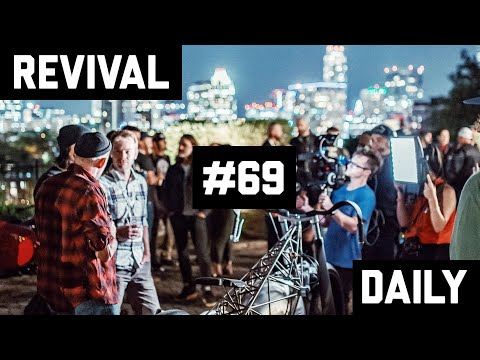 Austin, Texas Castle party to kickoff the Handbuilt Show 2019 // Revival Daily #69