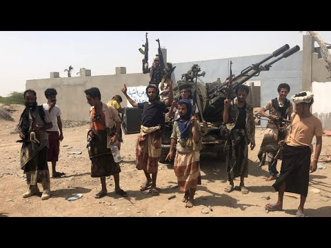 قوات الحكومة اليمنية المدعومة من التحالف تدخل مطار الحديدة