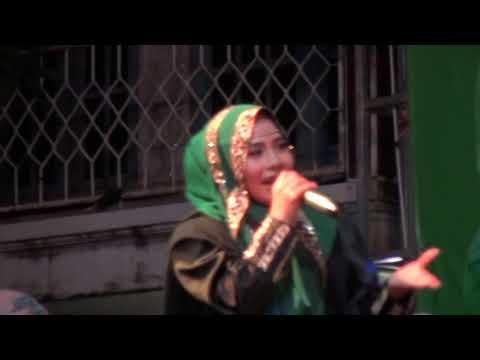 ROBI. wafiq Azizah