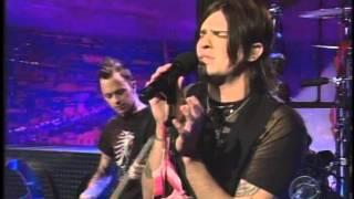 Hinder - Lips of an Angel Live on Ferguson 2006