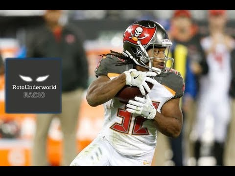 Jacquizz Rodgers is a better fantasy football bet than Doug Martin in 2017