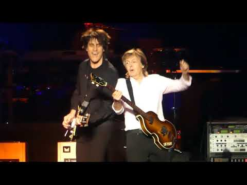 """Band on the Run"" Paul McCartney@Madison Square Garden New York 9/15/17"