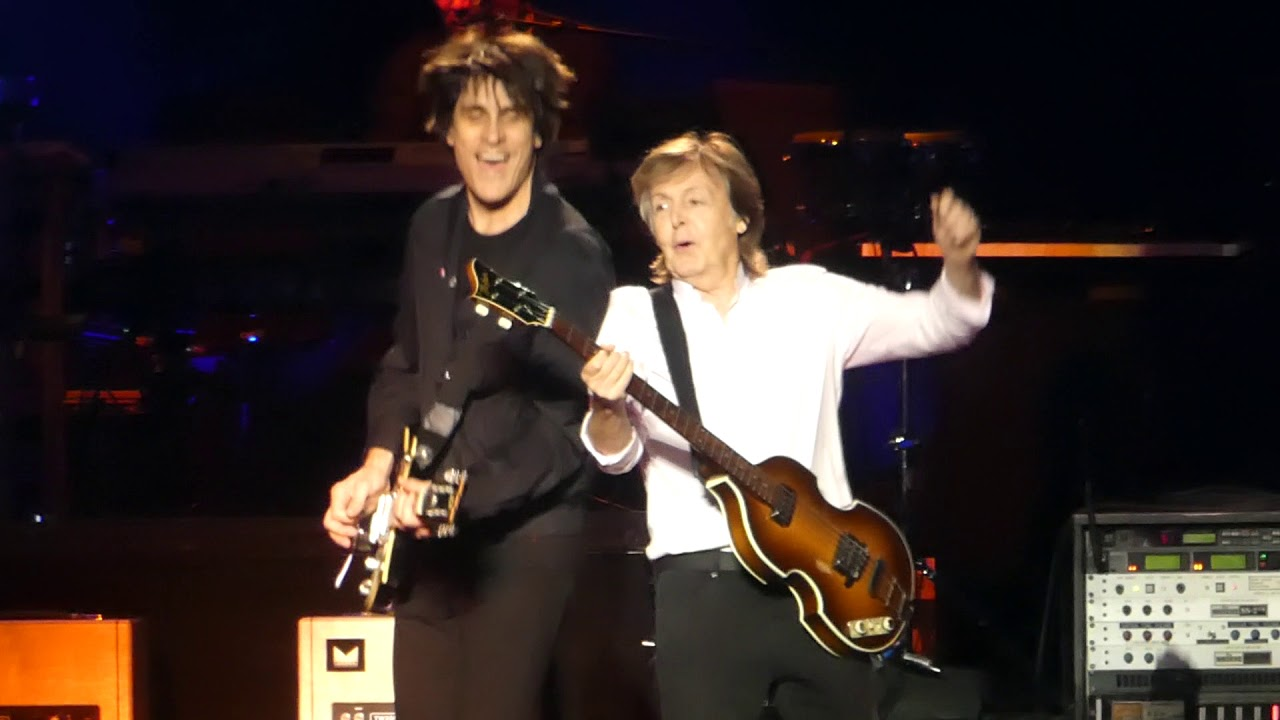 Band On The Run Paul Mccartney Madison Square Garden New York 9 15 17 Youtube