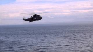 HMCS Winnipeg - Sikorsky CH-124 Sea King demonstration