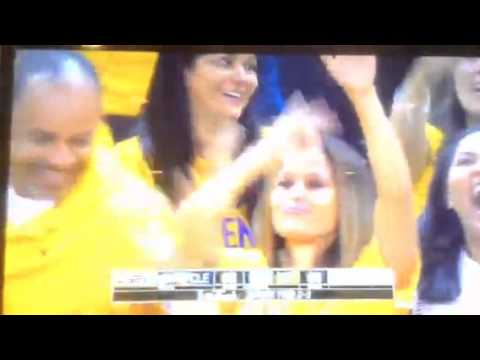 Stephen Curry Mom Dancing 2015 NBA Finals - YouTube
