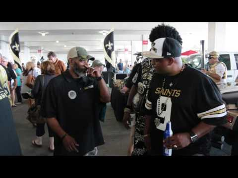 Black and Gold Super fan Party Island View Casino