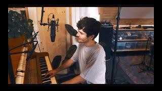 James Gruntz SOLO : Heart Keeps Dancing (Live)