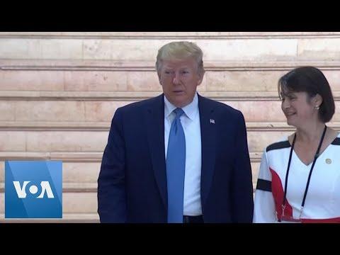 Trump Arrives at