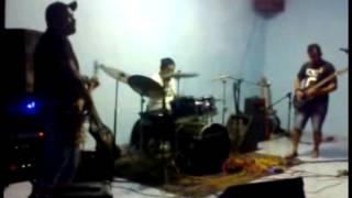 SÚPLICA HC -Cego alienado no Outeiro Underground 3 (Punk/hardcore)