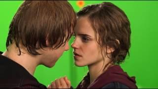 Kiss Rupert Grint and Emma Watson