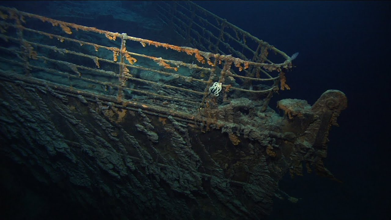 Titanic pictures underwater of the