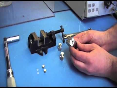 SSI Series II & Series III HPLC Pump Check Valve Replacement Process