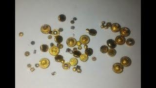 Золото с позолоченных контактов, электролитом и спиртом.