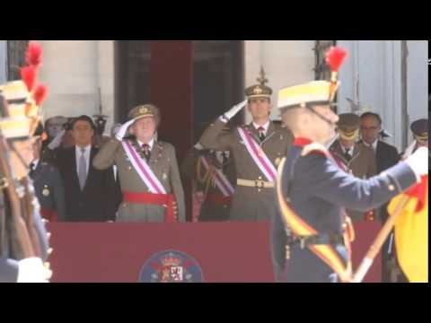 It's Official King Felipe VI Takes Over In Spain   Felipe VI Sworn In As Spain's New King MUST SEE