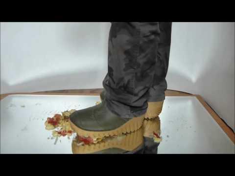 Fishing Rubber Boots Crush !