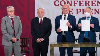 Firma del Acuerdo para la compra eficiente de medicamentos y vacunas junto a la UNOPS y la OMS
