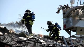 Multiple roofs cause problems at 2 alarm Milpitas Fire