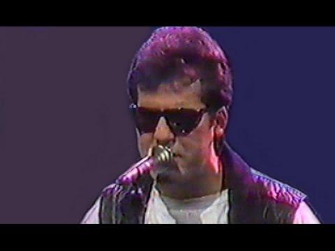 DESERTORES - El puñal/El Boogie (Directo)
