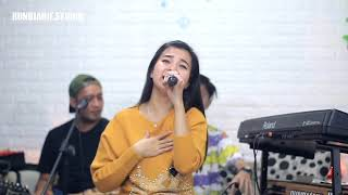 Download Lagu Kau asing dimataku - Anie Anjanie (cover) Streaming DANGKAL Eps. 02 mp3