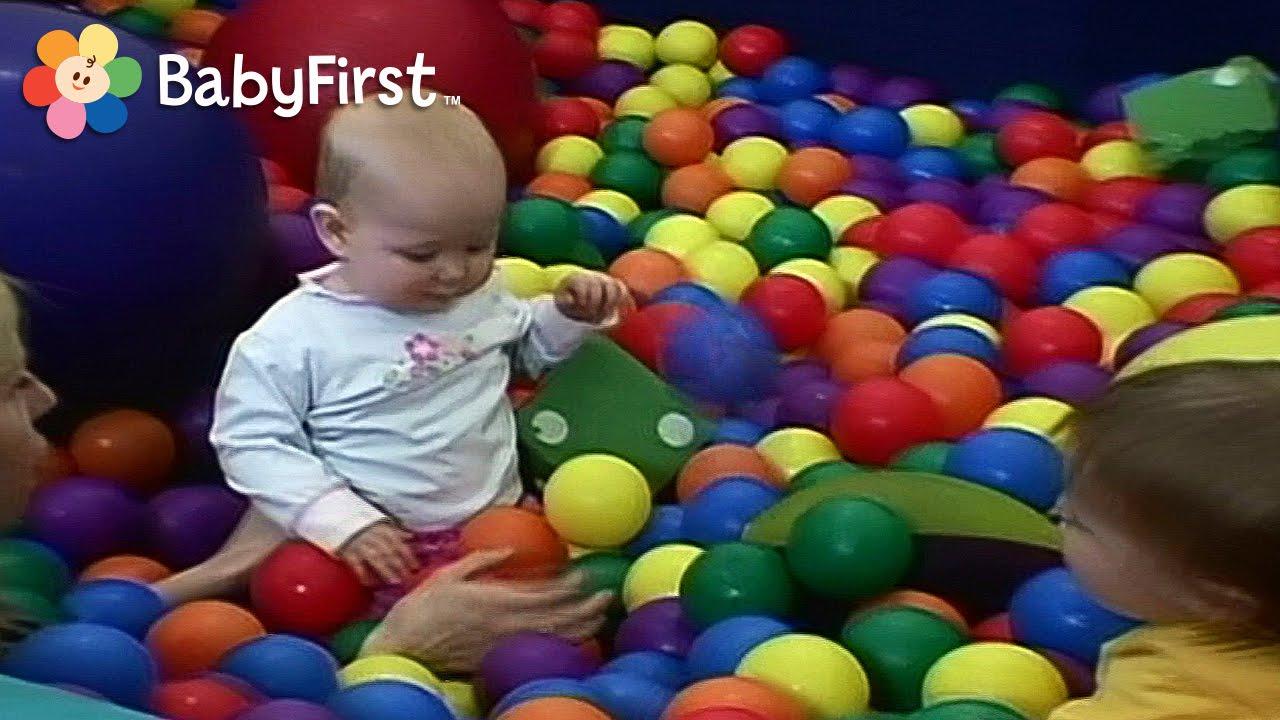 diversin en el patio de juegos para bebs y nios pequeos juega conmigo de babyfirst