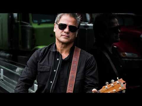 Aussie rock star - Jon Stevens