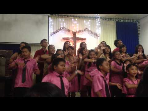 Gloria/ in excelsis deo in Indonesian