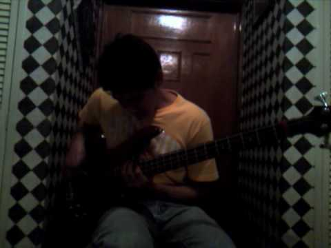 Anti-gravity love song -solo, bass-